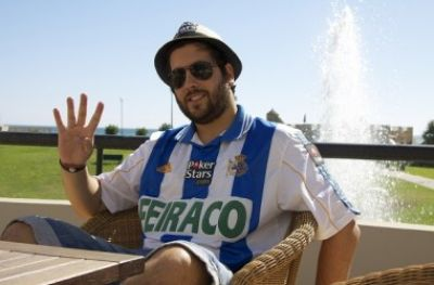 http://www.poker10.com/upload/Image/news-big/2-juan-maceiras-subir.jpg