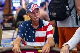 Bill Klein, jugando al póker el 4 de julio (WPT)