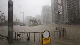 Calles inundadas en Hong-Kong (La Sexta)