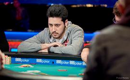 Adrián Mateos, pensativo [Foto: WSOP-PokerNews]