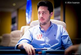 Adrián Mateos [Foto: PokerNews - Alin Ivanov]