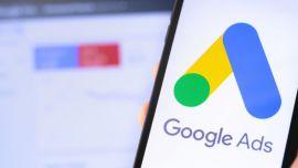 Google ha cobrado por el anuncio, y pagará por él