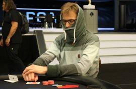 Cuidado que no vengan disfrazados (Pokerstars)