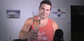 Brindemos por una gran carrera (Youtube)