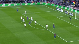 Messi chutando al palo [Imagen: AS]