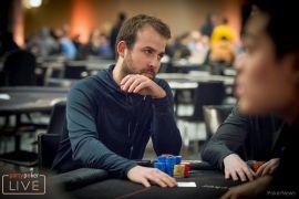 Pascal Lefrançois se destaca (Foto: Pokernews)
