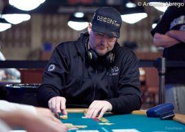 Hellmuth, puntual para jugar y para cobrar (WSOP)