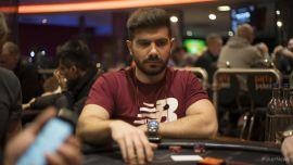 Javi Gómez cayó dos veces (Foto: Pokernews)