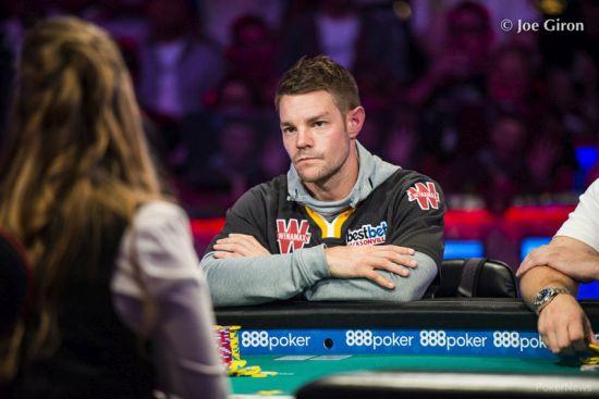 Tony Miles apunta a ME Champion (Pokernews)