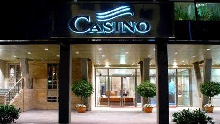 Zaragoza casino gambling on sports for a living